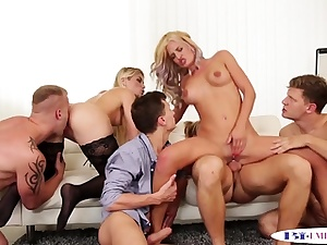 Ass fucking studs stuffing fuckboxes in groupsex