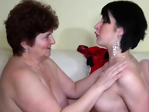 Mature Mega-slut Vs Teenager Beauty
