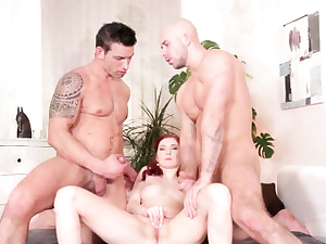 Naughty mmf beefstick fellate and buttfuck 3some