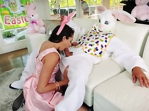 Teenage sloppy kiss first time Uncle Pound Bunny