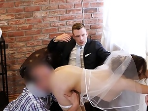HUNT4K. Married duo determines to sell brides pussy