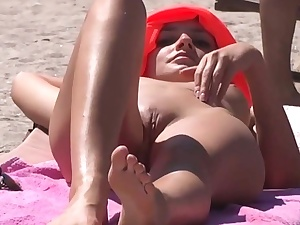 my niece caught jacking on the beach